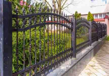 wrought iron fence installation at a pittsburgh residence